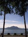 支笏湖畔から風不死岳方面